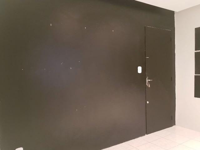 Sala comercial no Rio Vermelho, com banheiro próprio - Foto 12