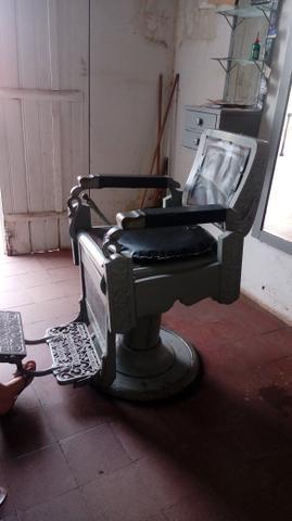 Vendo cadeira para barbearia - Foto 3