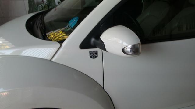 VW- New Beetle 2.0 Cor Branco Com Teto Solar Ano 2006/2007 - Foto 5