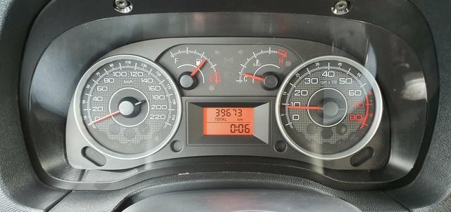 Fiat idea essence 1.6 mecanico 2012 38.000km - Foto 5