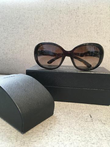 Lindo óculos de sol Prada, comprado em NY, semi usado - Bijouterias ... 126cb79058