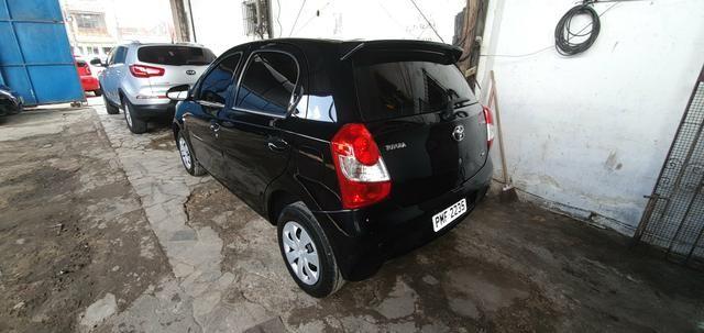 Toyota etios x 1.3 top r$29.900,00 - Foto 2