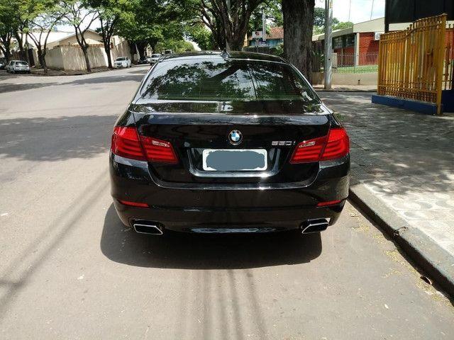 BMW 550i V8 BI TURBO  - Foto 2