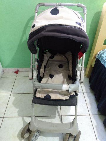 Vendo este carrinho de bebê da galzerano urgente - Foto 2
