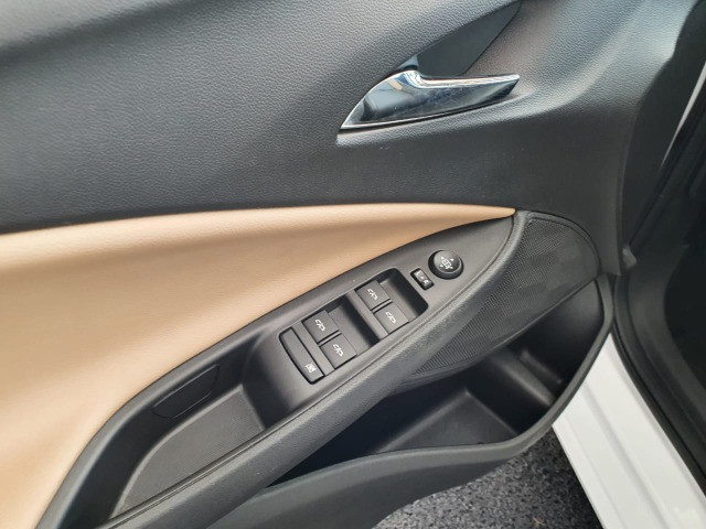 Onix Plus Premier 2 Turbo 2020 - Foto 13