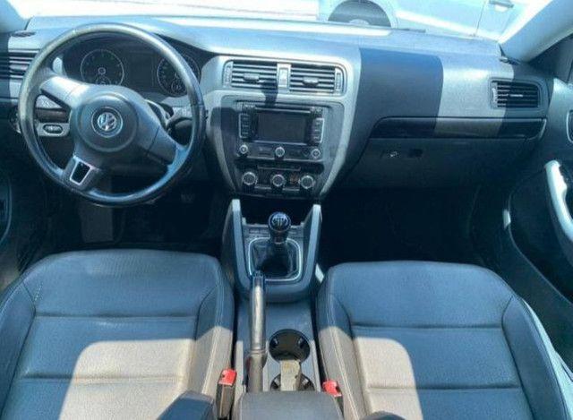 Vw. Volkswagen Jetta Comfortline 2.0 2010.  - Foto 3