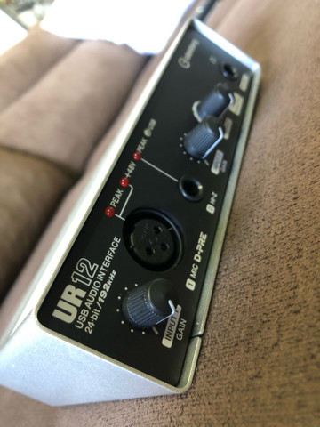 Interface Yamaha Steinberg Ur12