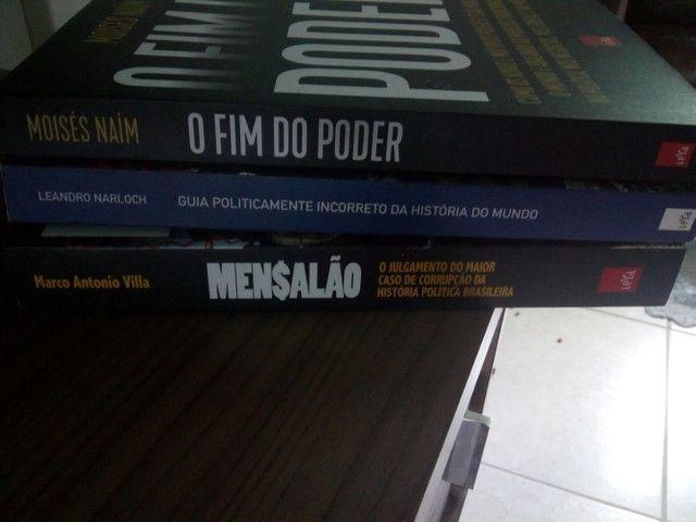 3 livros por 35 reais