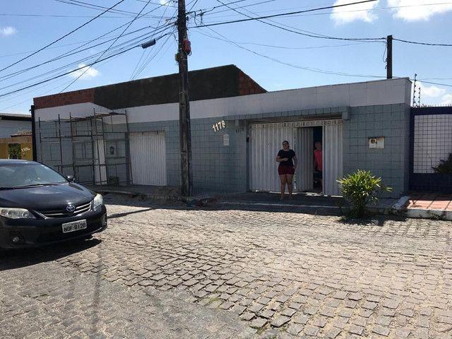 2 CASAS  COM PISCINA E QUINTAL GRANDE CHURRQSQUEIRA E AREA DE LASER  VALOR 3500,00   - Foto 4