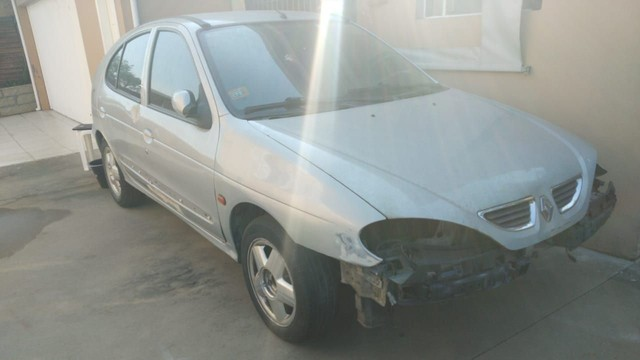 Carro Megane Egeus 1.6 16 V 2001