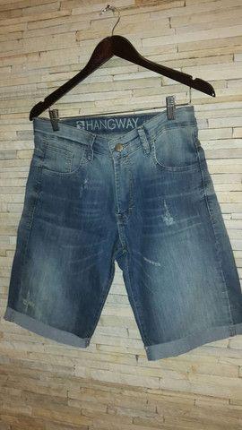 bermuda jeans    Marca HANGWAY  tamanho 42