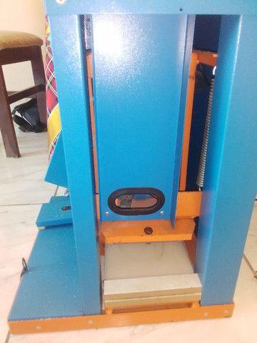 Máquina de fabricar chinelo - Foto 5