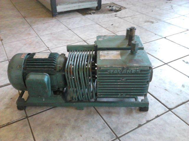 Compressor / bomba de vácuo