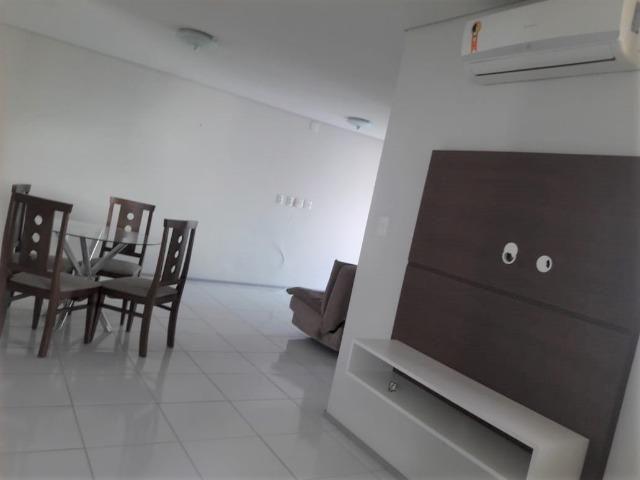 Apartamento Sala/Quarto Mobiliado na Ponta D'areia