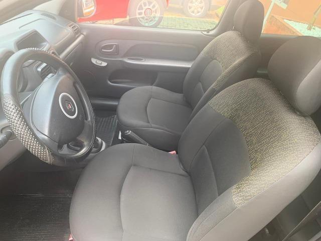 Renault Clio autent 1.0 Flex - Foto 8