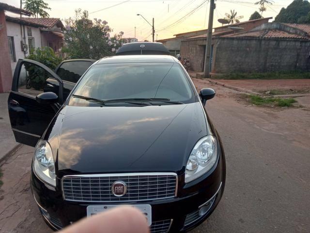 Vende-se um Fiat línea 12/13,.28000 , apena 64km - Foto 5