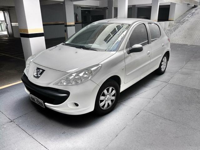 Peugeot 207 XR Sport 5 portas - 2010