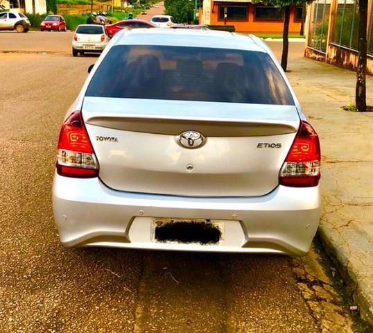 Veículo Etios Platinum Sedan 1.5 Automático - Foto 6