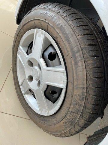 Ford Fiesta 1.6 Class Hatch 2012 - Foto 16