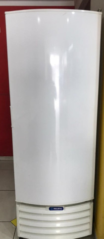 Freezer vertical/Refrigerador 539 litros - Metalfrio 220 V