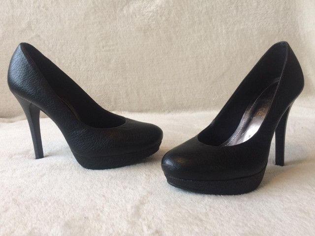Sapato meia pata preto nº34
