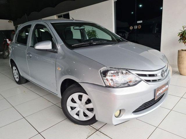 Toyota Etios 1.3X Completo + Multimidia / 2014 !