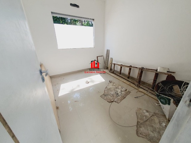 Quinta das Marinas/ Com 3 dormitórios sendo 1 Suíte/ 4 Vagas de garagem. - Foto 4