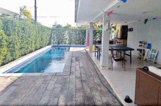 Casa à venda em Condomínio no Cabo Branco, 5 suítes+lazer completo