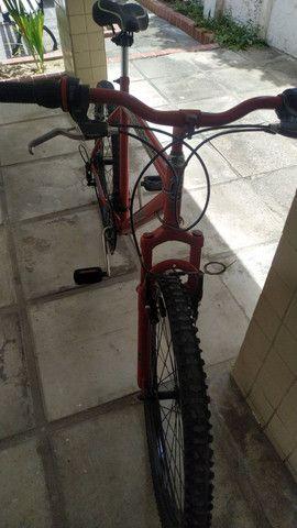 Bicicleta Zummi Aro 26 - 18 marchas - câmbio Shimano. - Foto 3