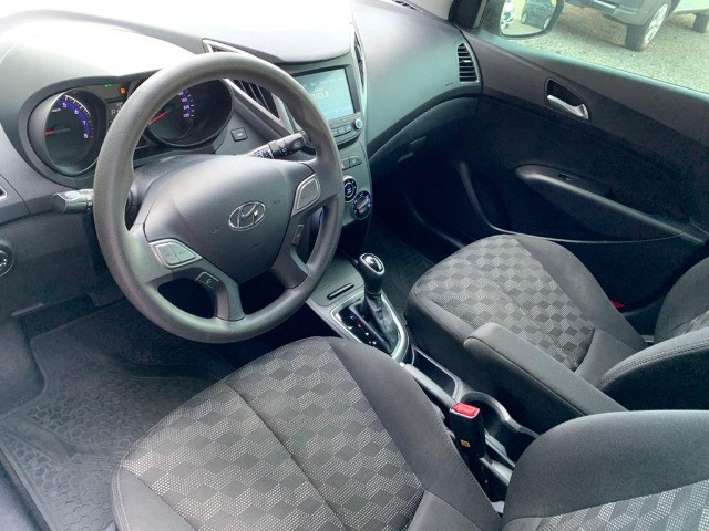 Hyundai HB20 1.6 Comfort Plus Automatico 18/18 - Foto 9