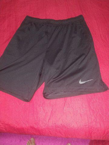 Bermuda Nike original com bolso - Foto 2
