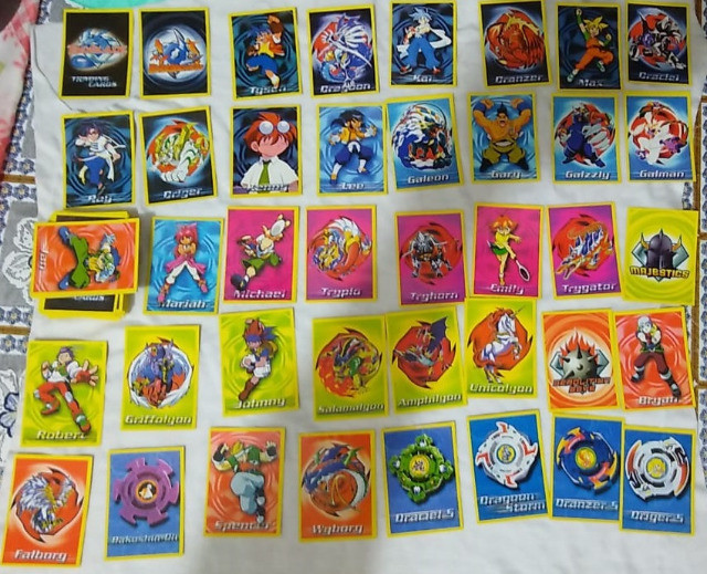 Cards BeyBlade - Foto 2