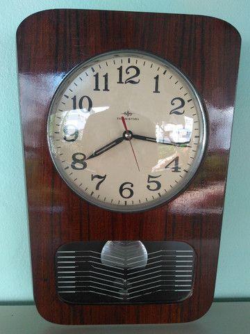 Relógio de parede antigo - Transistora