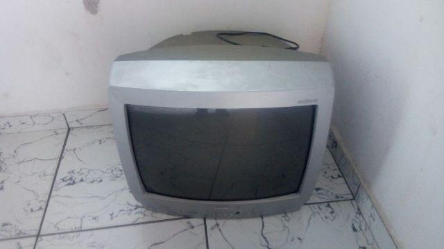 Tv 20 polegadas funcionando perfeitamente