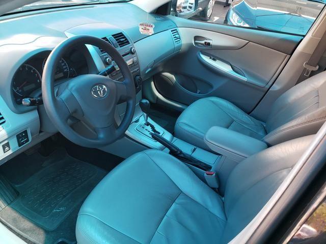 Toyota corolla 1.8 xli 2010 aut. 8 mil - Foto 6