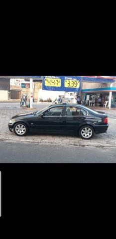 BMW 323i - Foto 2