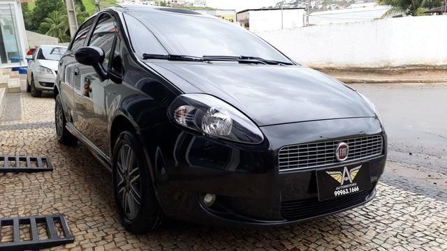 Fiat Punto Sporting 1.8 FLEX 2011 - Foto 4