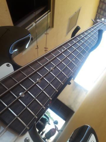 Bass squaier fender topissimo otima tocabilidade - Foto 4