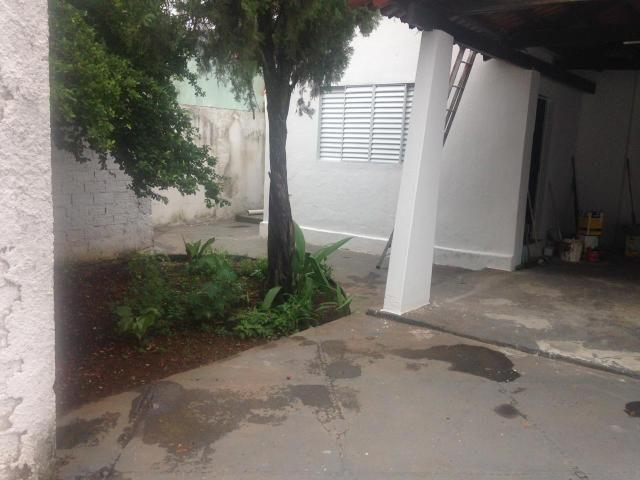 Alugo Casa próxima a Av. Bernardo Sayão - Fama - Foto 2