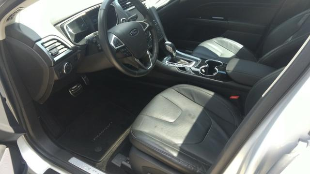 Ford Fusion Hybrid - Foto 3