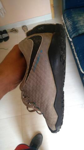 615f042cf6 Chuteira society Nike mercurial Hypervenom Original n°42 mas calça ...