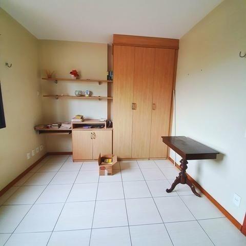 Vende-se Lindo Apartamento no Umarizal em Andar alto com 3 suítes, 2 vagas - Foto 3