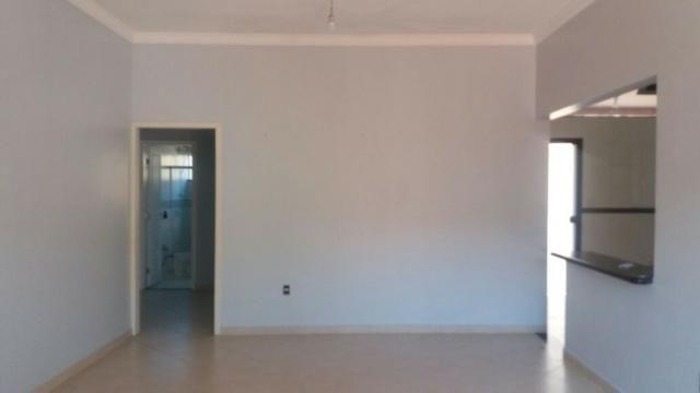 Alugo Casa 3 quartos - Bairro Agenor de Carvalho próximo ao Sports Baggio - Foto 3