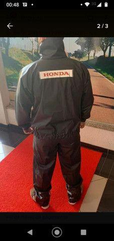 Capa de chuva motoqueiro Honda  - Foto 2