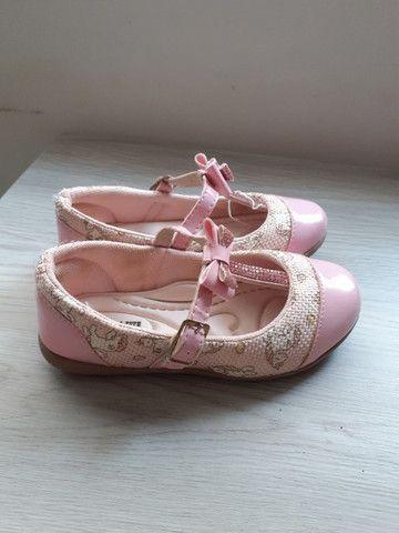 Sapato rosa com laço - Foto 2