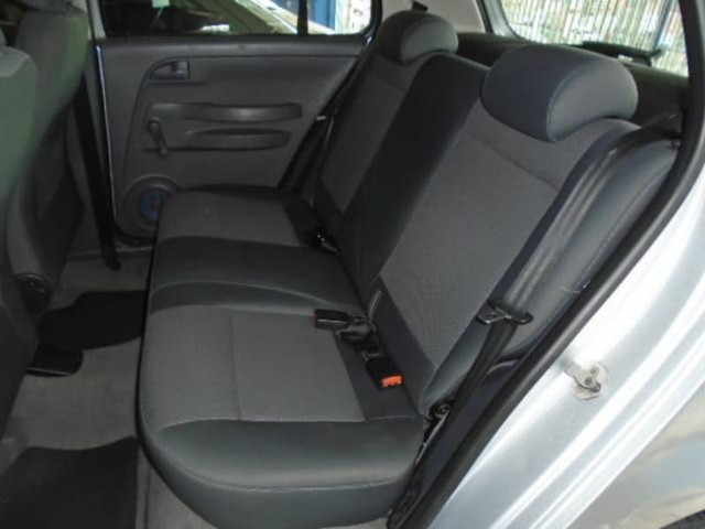 Volkswagen FOX 1.6 MI PLUS 8V FLEX 4P MANUAL - Foto 6