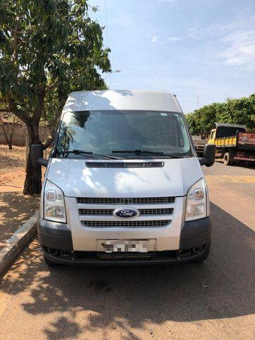 Van Ford Transit 2013 2.2 TDI Diesel 16 lugares - Foto 2