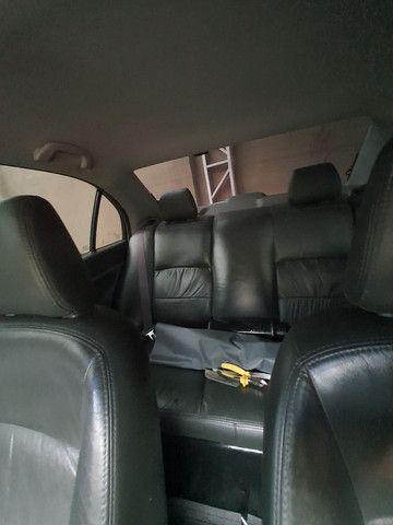 Honda Civic Sedan LX 1.7 com 120 mil km  - Foto 8