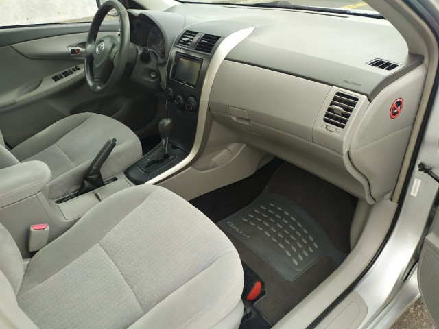 Toyota Corolla 1.6 Xli 2010 - Foto 6