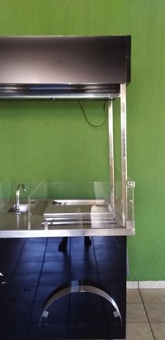 Vendo maquina d sorvete n chapa  novinha pouco tempo d uso - Foto 4